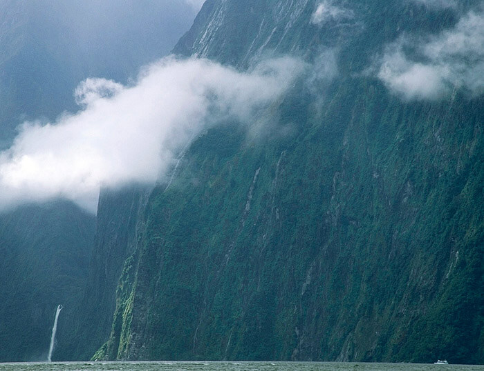 Milford Sound Eighth Wonder Of The World, tour boat